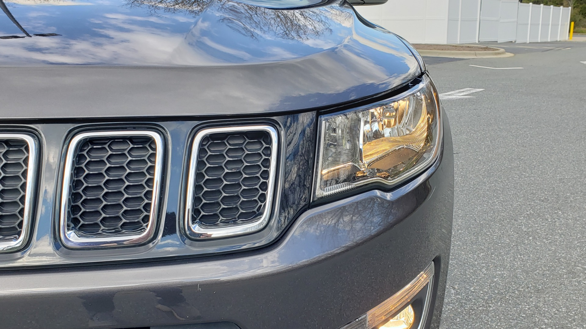 Used 2019 Jeep COMPASS LIMITED FWD / SUNROOF / BLIND SPOT / PARK SENSE for sale Sold at Formula Imports in Charlotte NC 28227 23