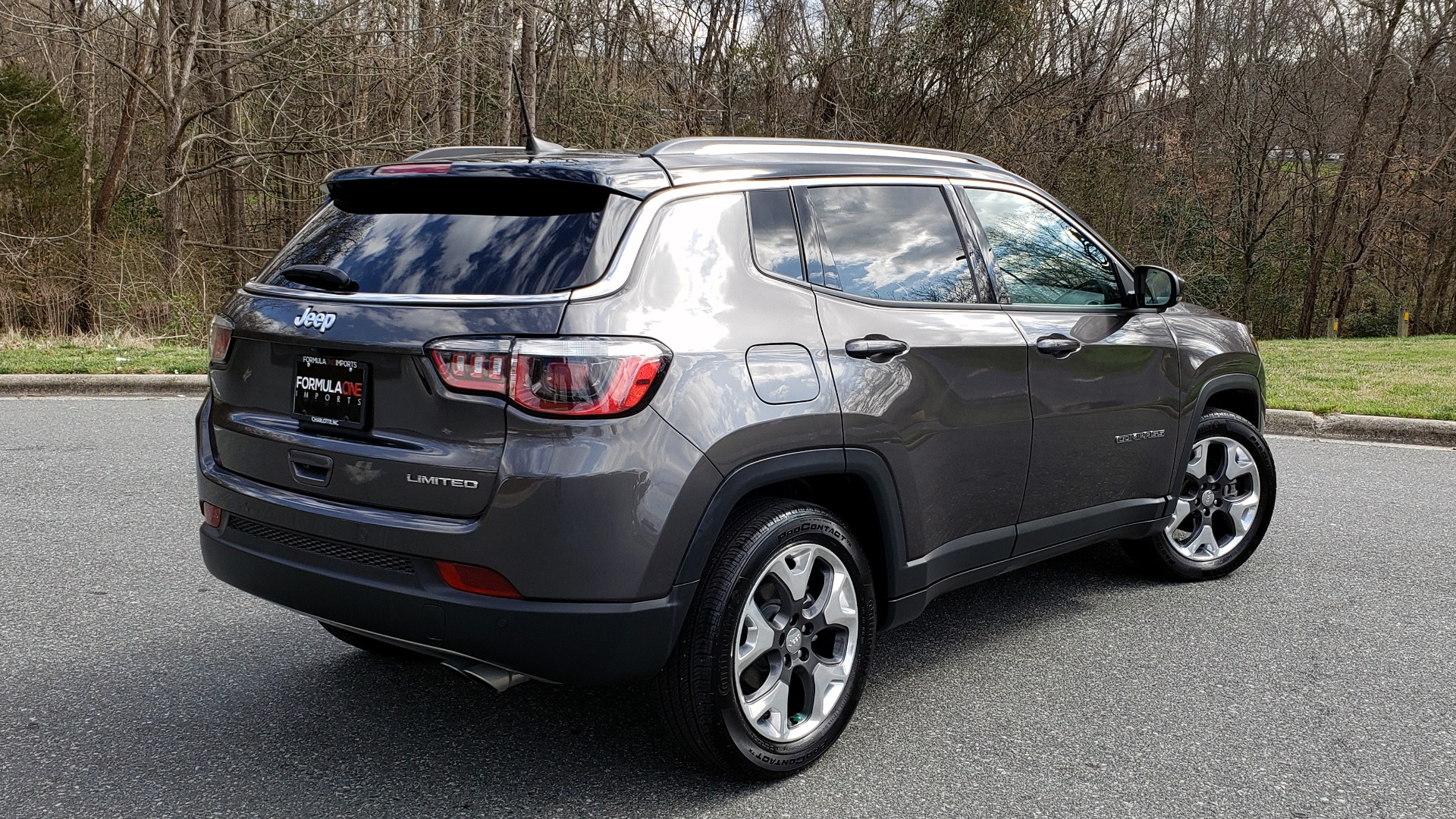Used 2019 Jeep COMPASS LIMITED FWD / SUNROOF / BLIND SPOT / PARK SENSE for sale Sold at Formula Imports in Charlotte NC 28227 6