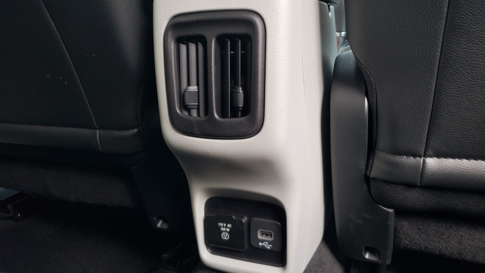 Used 2019 Jeep COMPASS LIMITED FWD / SUNROOF / BLIND SPOT / PARK SENSE for sale Sold at Formula Imports in Charlotte NC 28227 77