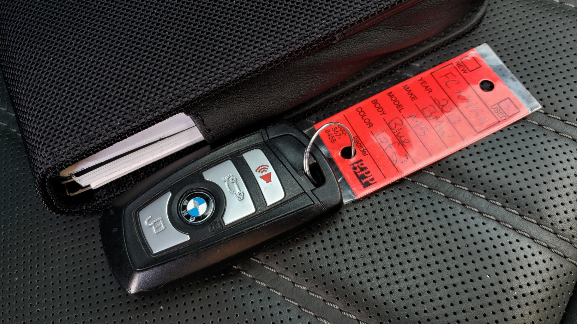 Used 2013 BMW M5 EXECUTIVE PKG / DRVR ASST / NAV / SUNROOF / REARVIEW for sale Sold at Formula Imports in Charlotte NC 28227 101