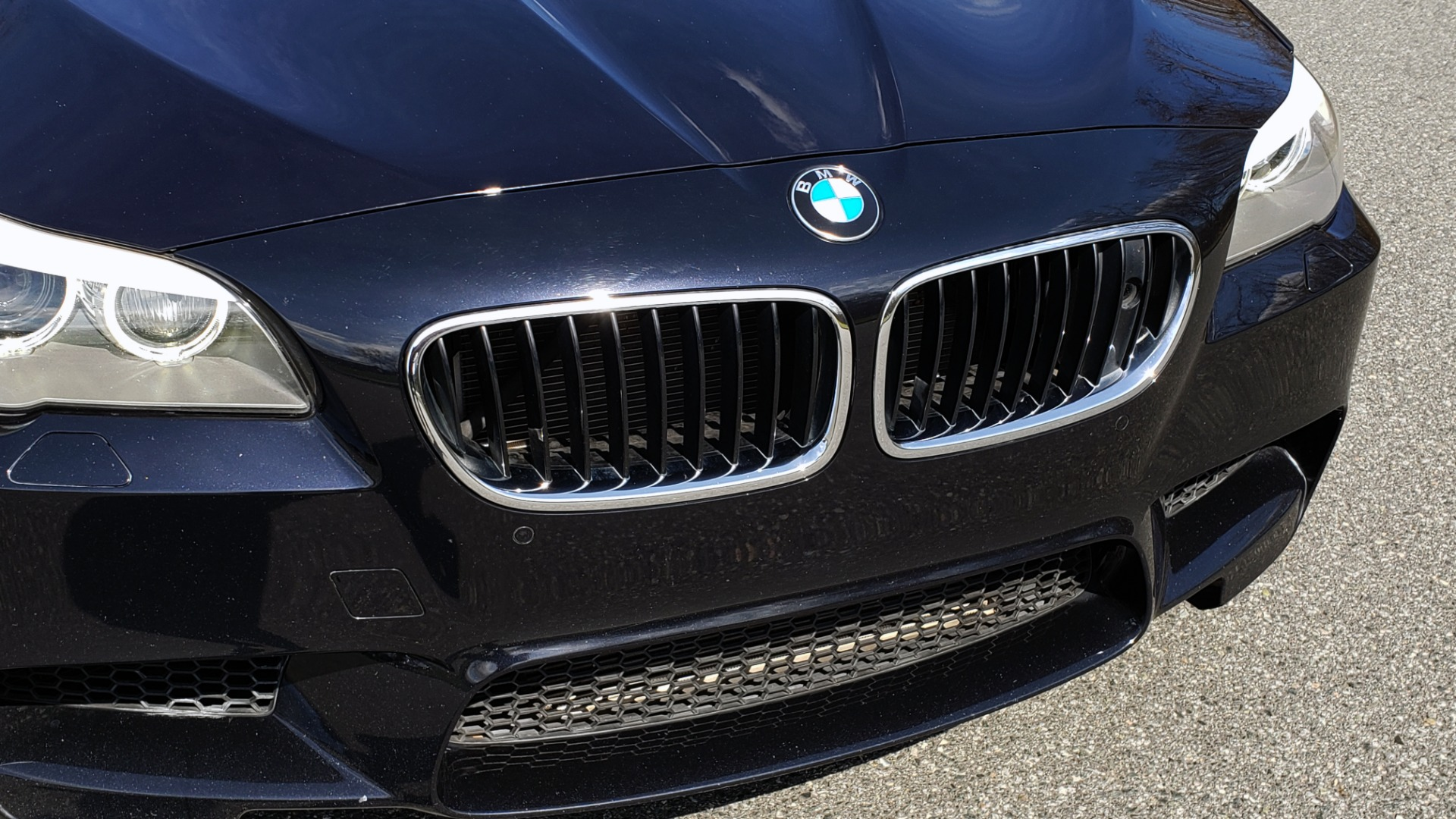 Used 2013 BMW M5 EXECUTIVE PKG / DRVR ASST / NAV / SUNROOF / REARVIEW for sale Sold at Formula Imports in Charlotte NC 28227 22