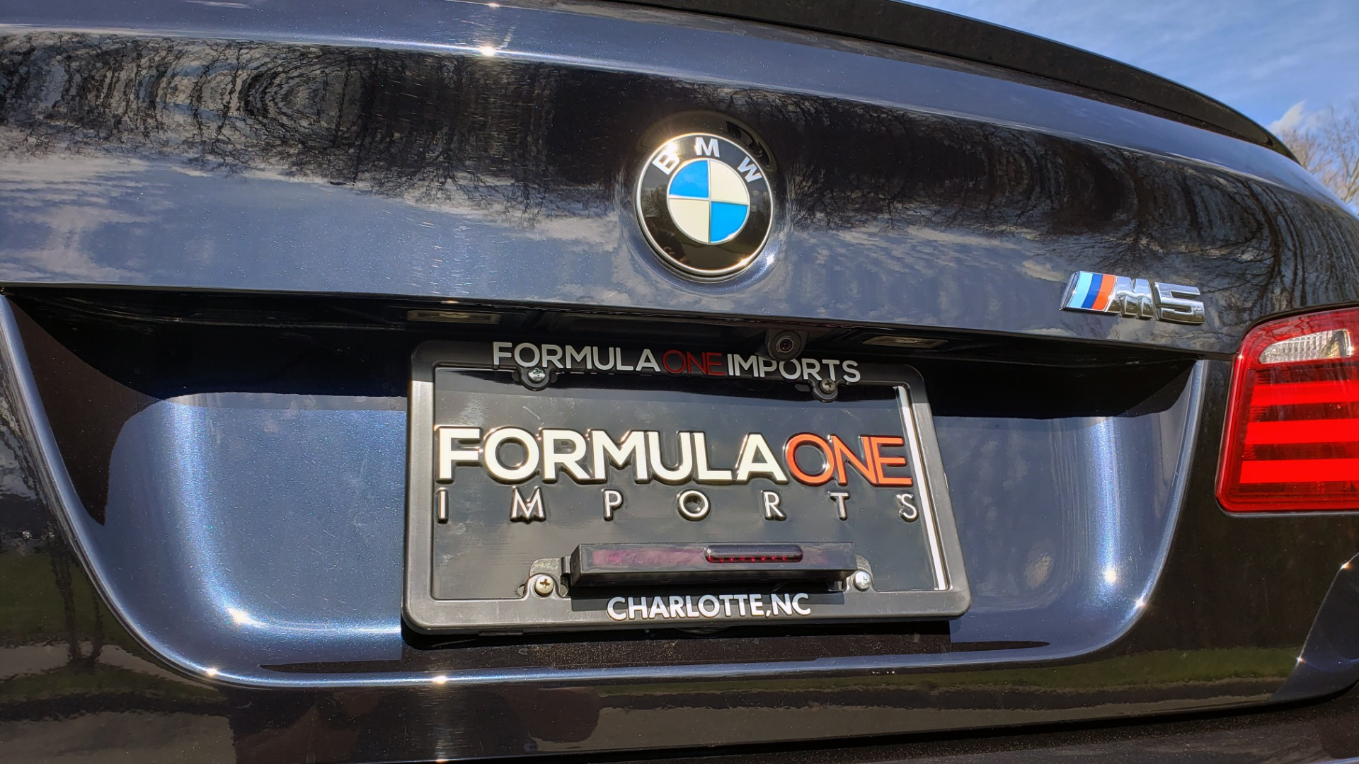Used 2013 BMW M5 EXECUTIVE PKG / DRVR ASST / NAV / SUNROOF / REARVIEW for sale Sold at Formula Imports in Charlotte NC 28227 31