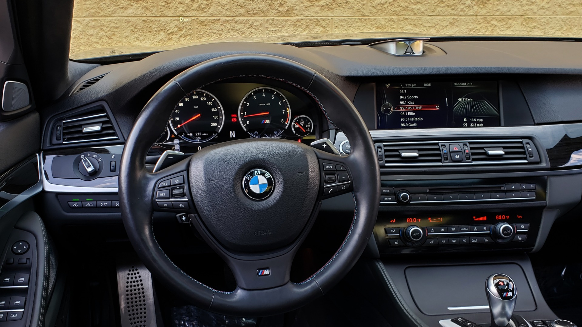 Used 2013 BMW M5 EXECUTIVE PKG / DRVR ASST / NAV / SUNROOF / REARVIEW for sale Sold at Formula Imports in Charlotte NC 28227 39