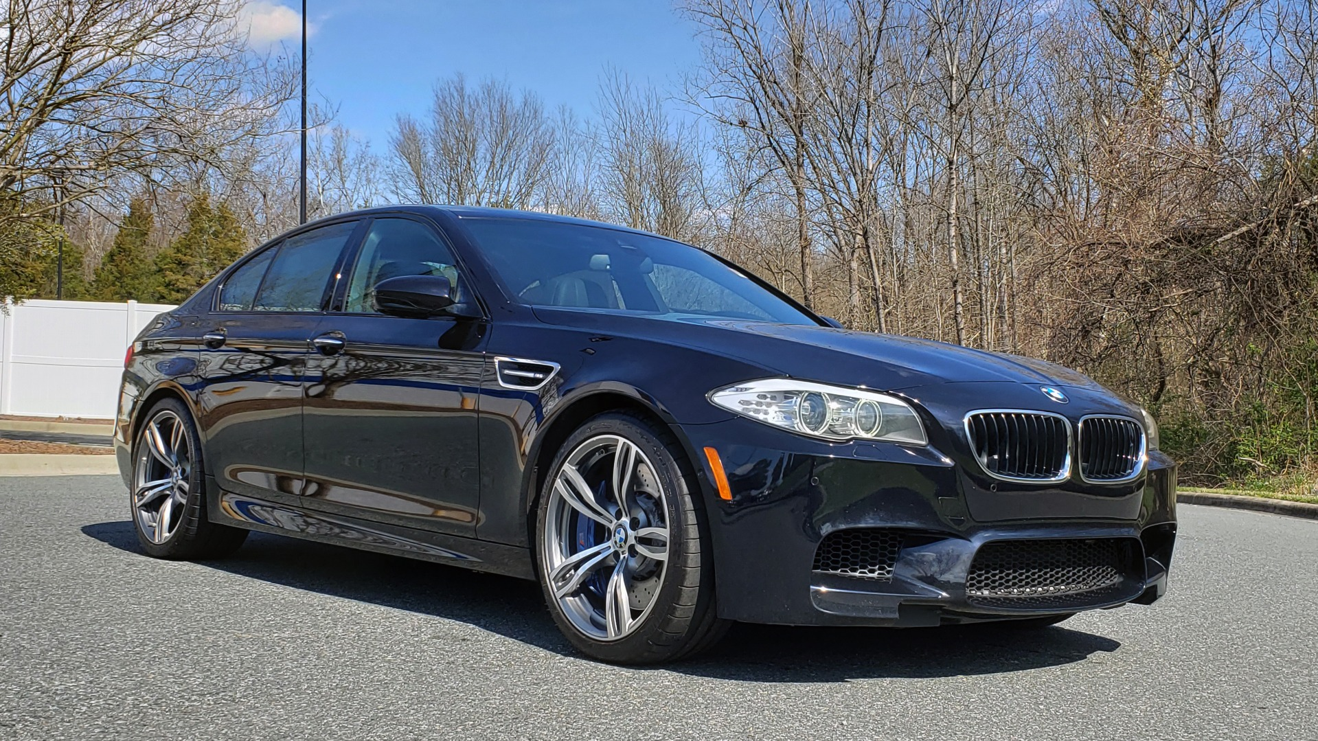 Used 2013 BMW M5 EXECUTIVE PKG / DRVR ASST / NAV / SUNROOF / REARVIEW for sale Sold at Formula Imports in Charlotte NC 28227 4