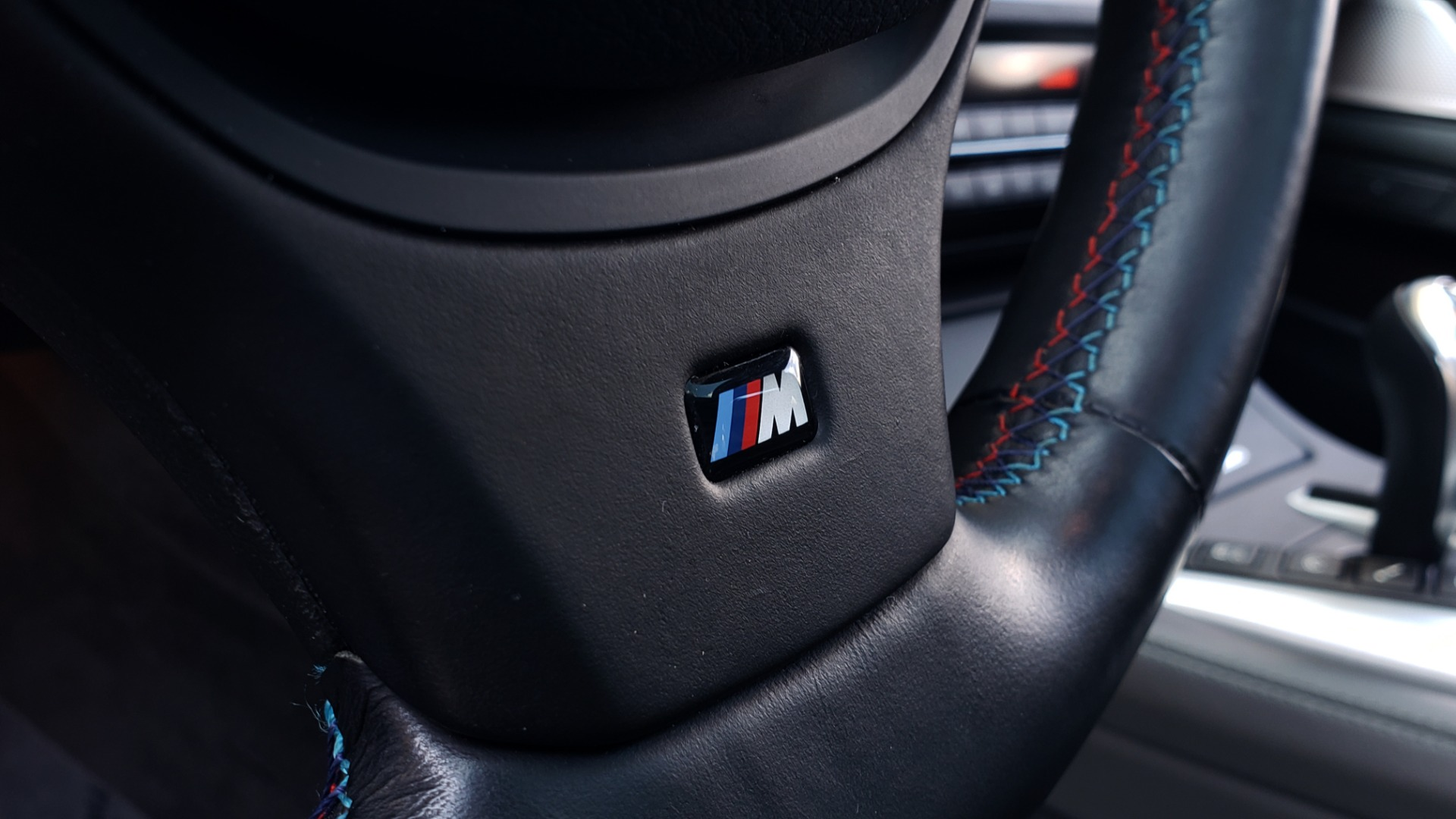 Used 2013 BMW M5 EXECUTIVE PKG / DRVR ASST / NAV / SUNROOF / REARVIEW for sale Sold at Formula Imports in Charlotte NC 28227 41