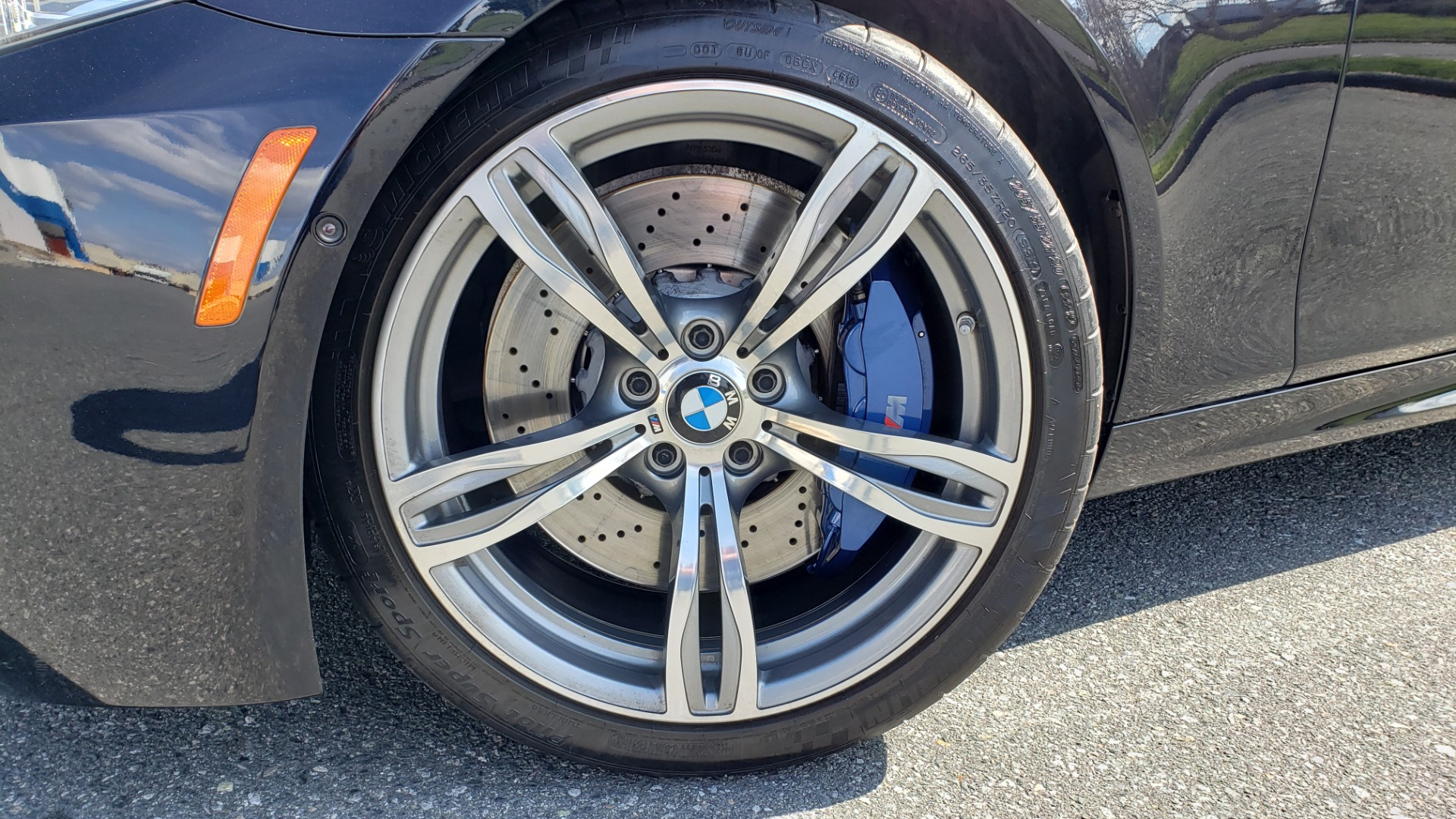 Used 2013 BMW M5 EXECUTIVE PKG / DRVR ASST / NAV / SUNROOF / REARVIEW for sale Sold at Formula Imports in Charlotte NC 28227 9