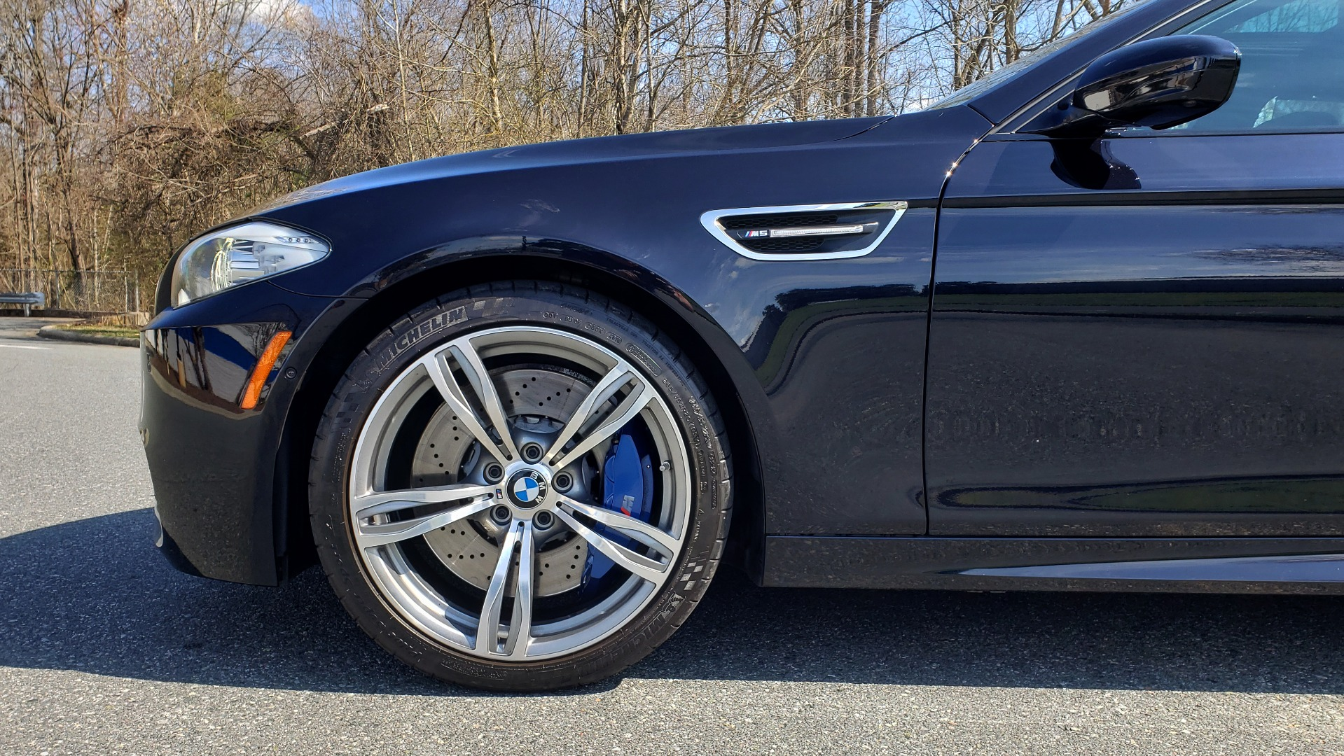 Used 2013 BMW M5 EXECUTIVE PKG / DRVR ASST / NAV / SUNROOF / REARVIEW for sale Sold at Formula Imports in Charlotte NC 28227 90