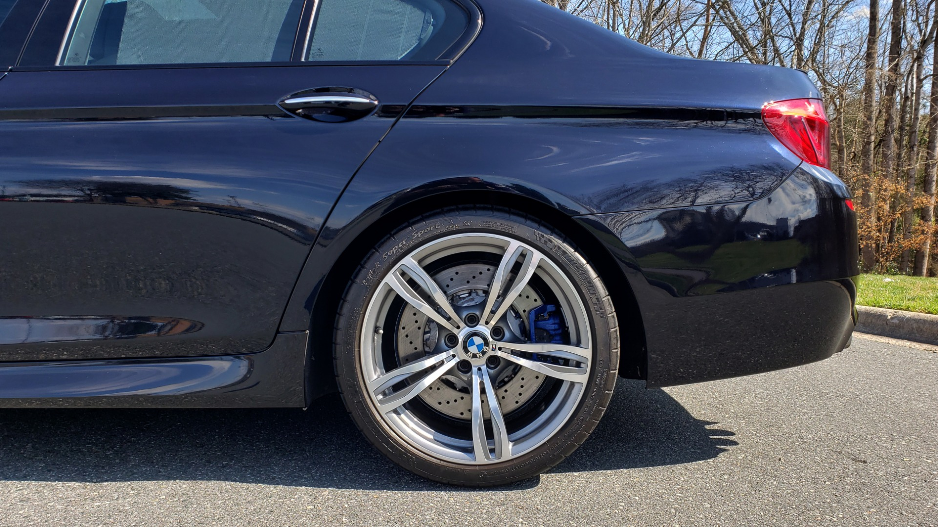 Used 2013 BMW M5 EXECUTIVE PKG / DRVR ASST / NAV / SUNROOF / REARVIEW for sale Sold at Formula Imports in Charlotte NC 28227 91