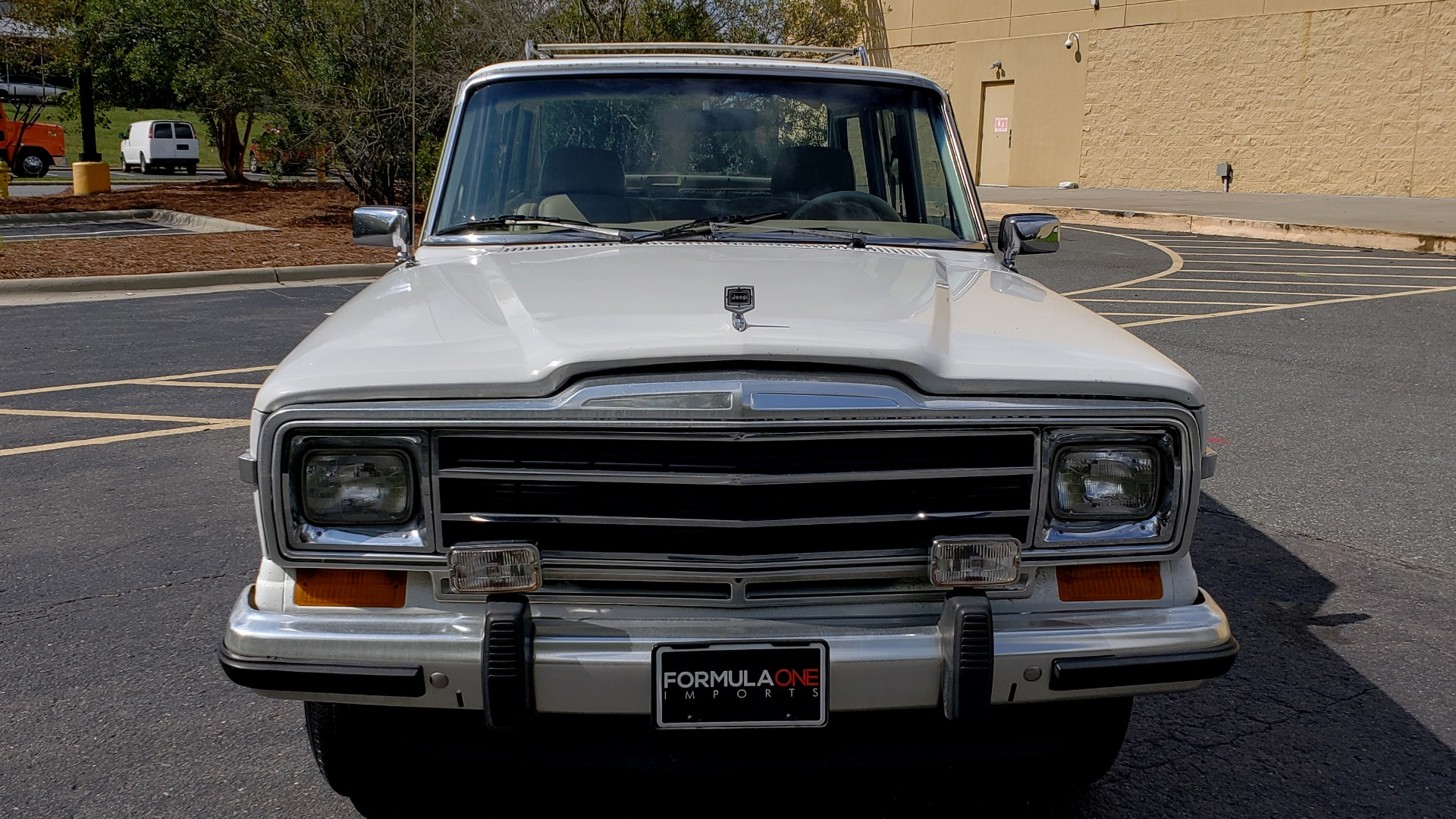 Used 1989 Jeep GRAND WAGONEER 4X4 / SUNROOF / CRUISE / ROOF RACK for sale Sold at Formula Imports in Charlotte NC 28227 2