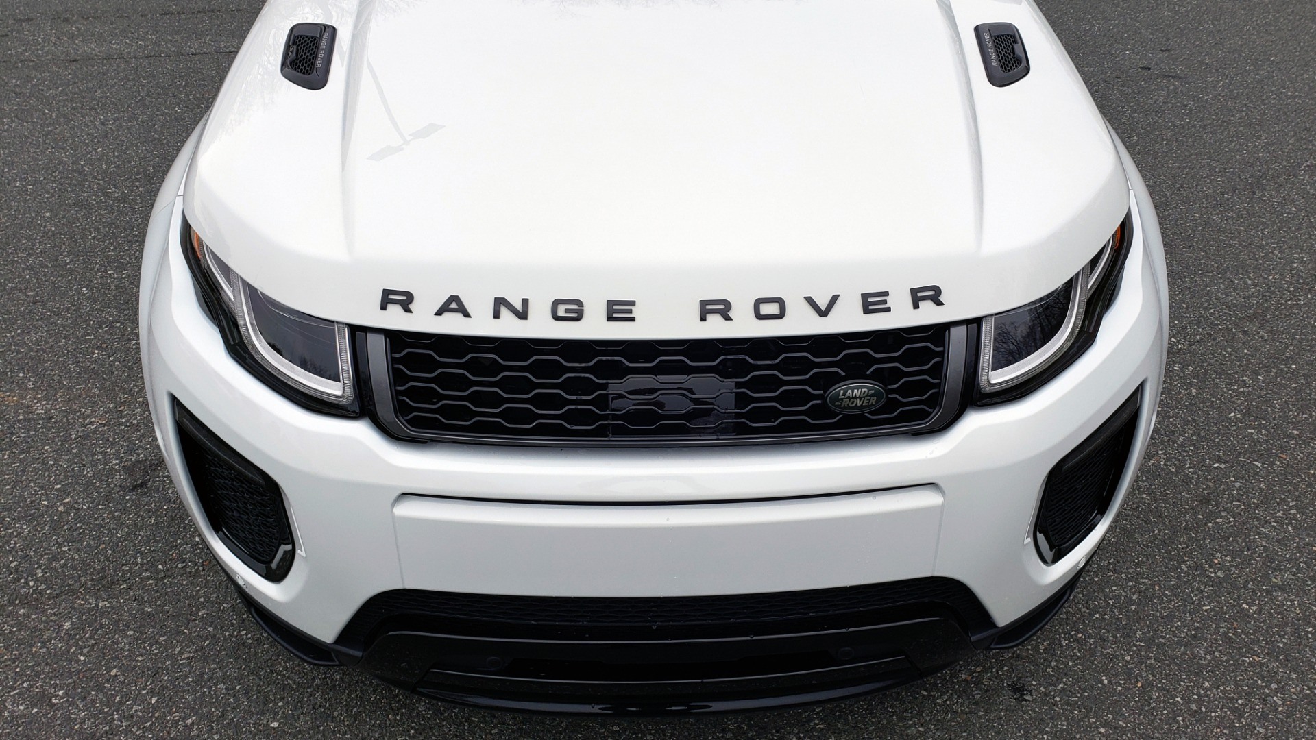 Used 2016 Land Rover RANGE ROVER EVOQUE HSE DYNAMIC / AWD / NAV / PANO-ROOF / REARVIEW / 22-IN WHEELS for sale Sold at Formula Imports in Charlotte NC 28227 17