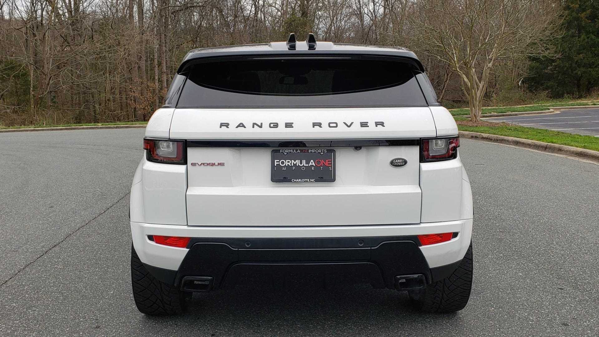 Used 2016 Land Rover RANGE ROVER EVOQUE HSE DYNAMIC / AWD / NAV / PANO-ROOF / REARVIEW / 22-IN WHEELS for sale Sold at Formula Imports in Charlotte NC 28227 32