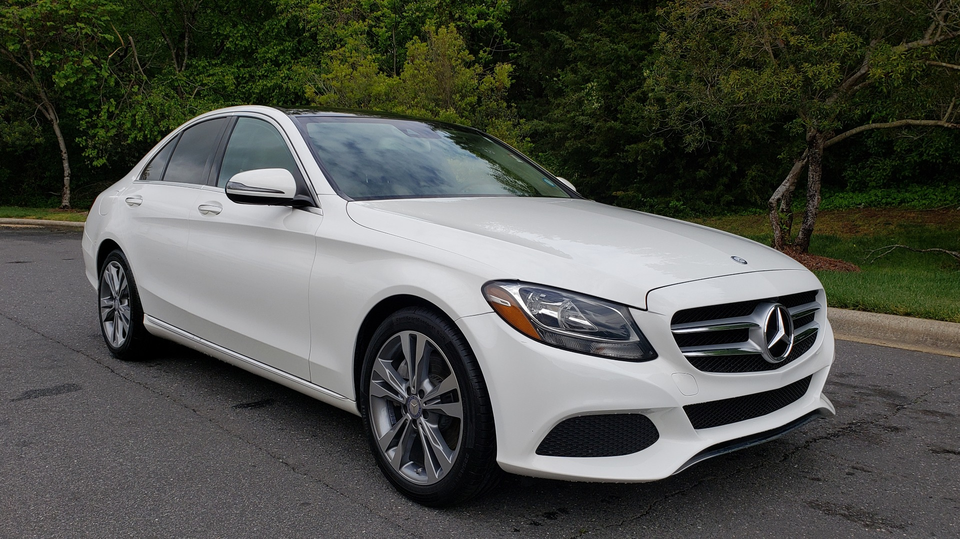 Used 2017 Mercedes-Benz C-Class C 300 PREMIUM / NAV / PANO-ROOF / HTD STS / REARVIEW for sale Sold at Formula Imports in Charlotte NC 28227 4