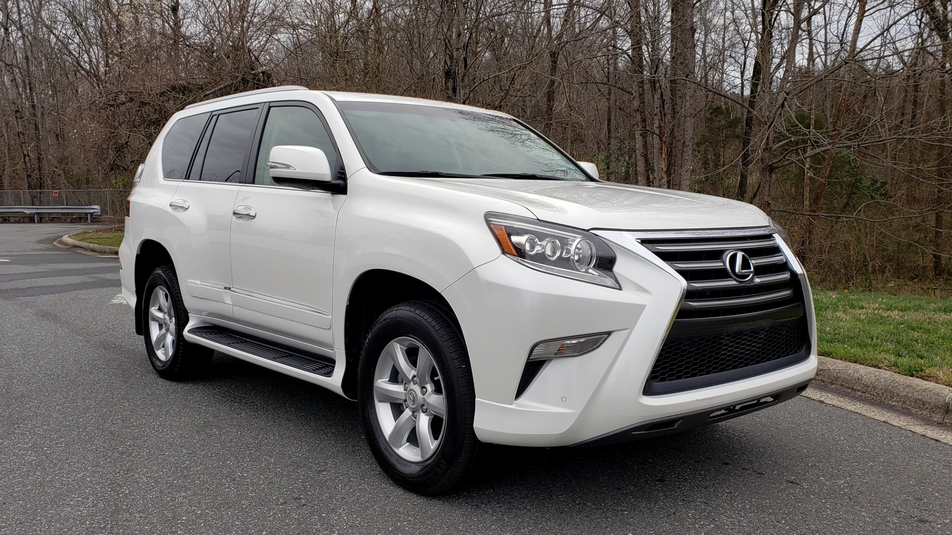 Used 2017 Lexus GX 460 4WD / NAV / VENT STS / SUNROOF / PARK ASST / BSM for sale Sold at Formula Imports in Charlotte NC 28227 4
