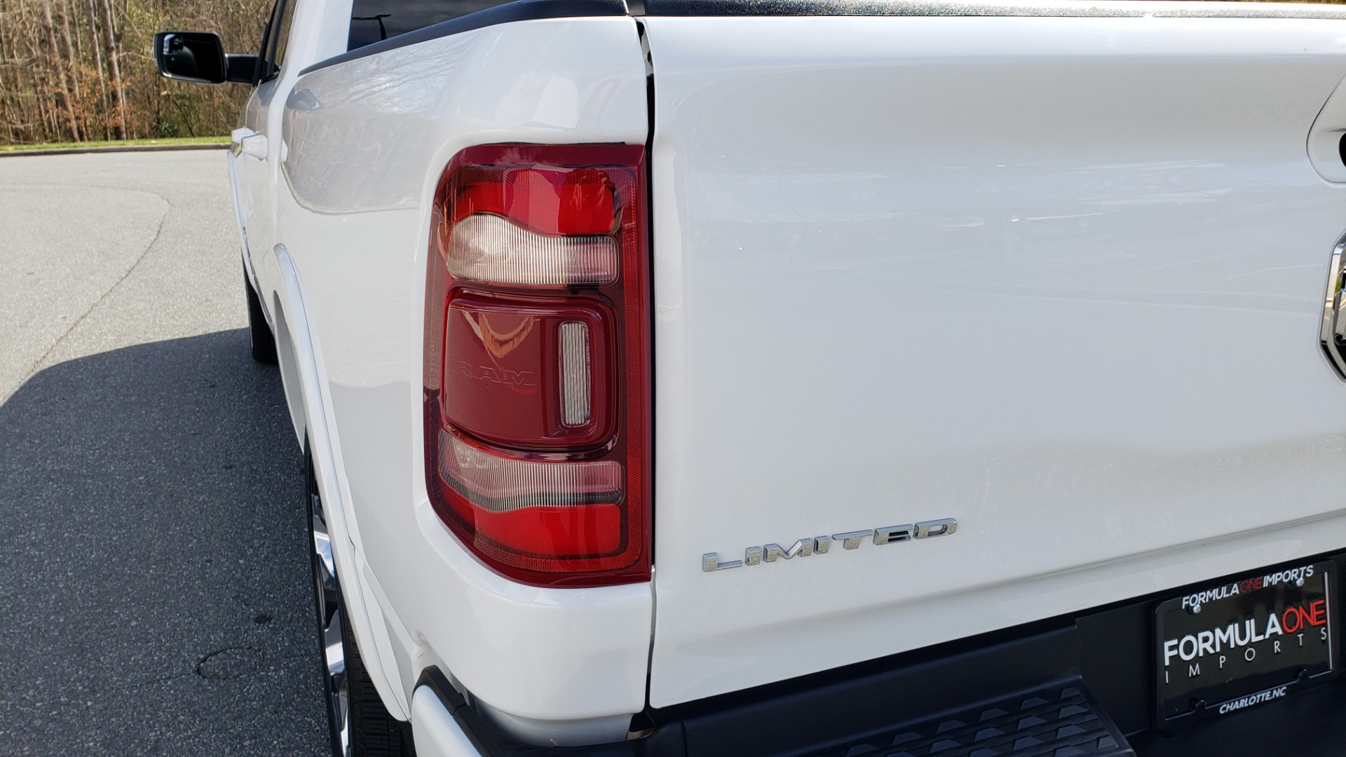 Used 2020 Ram 1500 LIMITED 4X4 / NAV / PANO-ROOF / PARK ASST / REARVIEW / HK SND for sale Sold at Formula Imports in Charlotte NC 28227 25