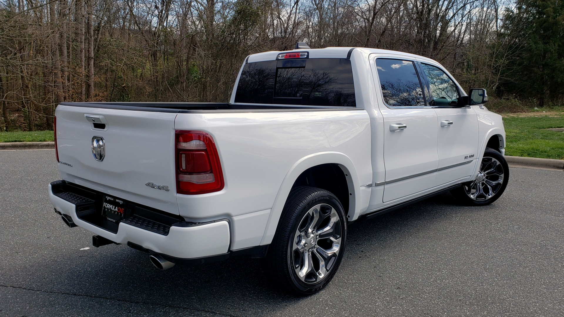 Used 2020 Ram 1500 LIMITED 4X4 / NAV / PANO-ROOF / PARK ASST / REARVIEW / HK SND for sale Sold at Formula Imports in Charlotte NC 28227 6