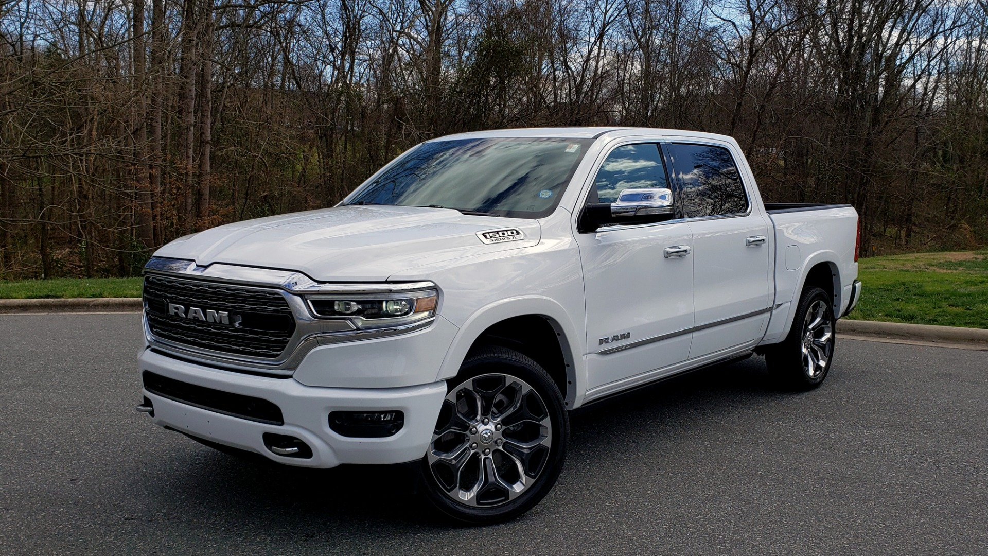 Used 2020 Ram 1500 LIMITED 4X4 / NAV / PANO-ROOF / PARK ASST / REARVIEW / HK SND for sale Sold at Formula Imports in Charlotte NC 28227 1