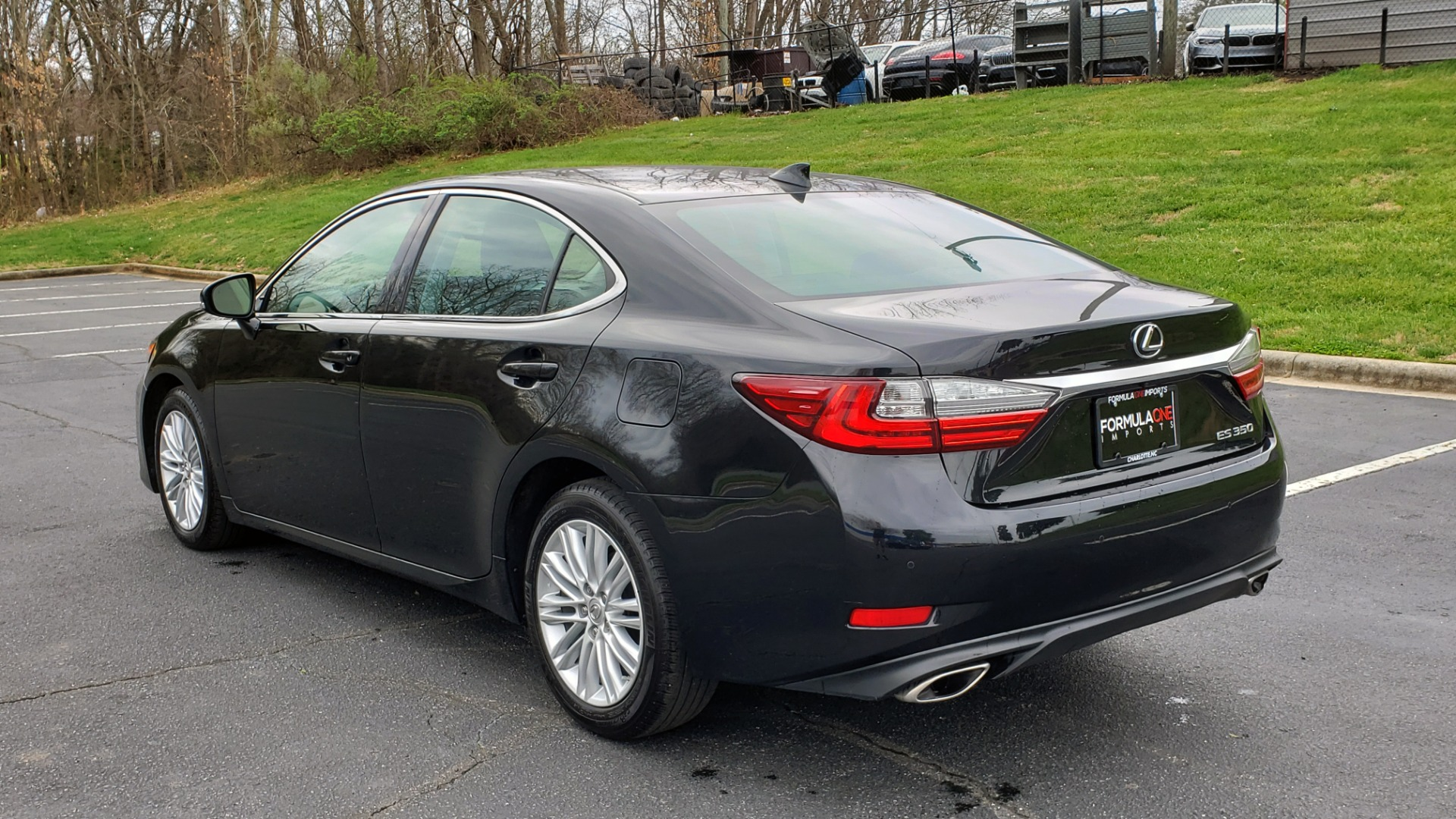 Used 2017 Lexus ES 350 PREMIUM / SUNROOF / PARK ASST / BSM / VENT SEATS / REARVIEW for sale Sold at Formula Imports in Charlotte NC 28227 3