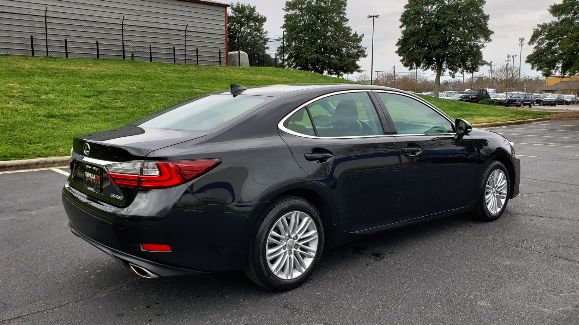Used 2017 Lexus ES 350 PREMIUM / SUNROOF / PARK ASST / BSM / VENT SEATS / REARVIEW for sale Sold at Formula Imports in Charlotte NC 28227 6