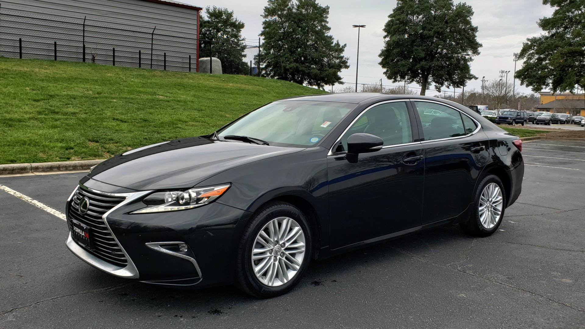 Used 2017 Lexus ES 350 PREMIUM / SUNROOF / PARK ASST / BSM / VENT SEATS / REARVIEW for sale Sold at Formula Imports in Charlotte NC 28227 1
