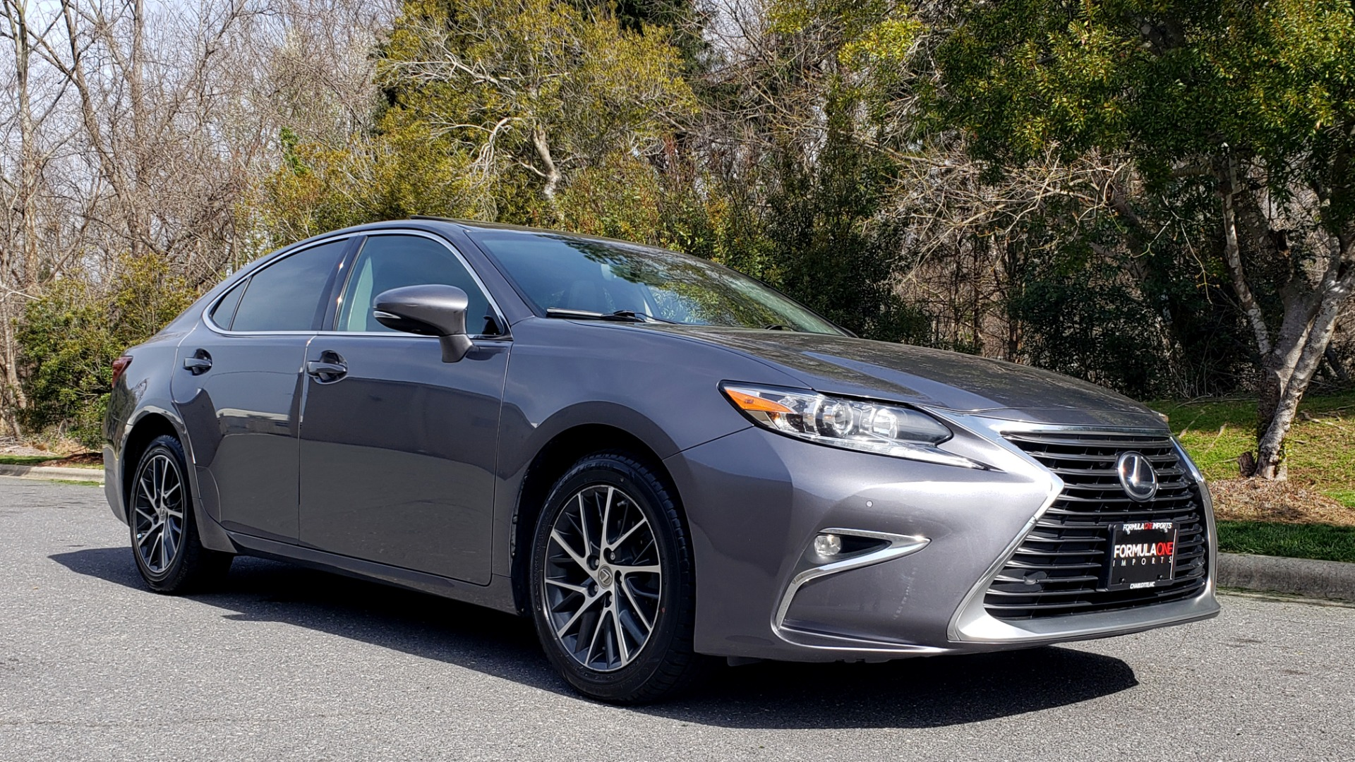Used 2016 Lexus ES 350 4-DR PREMIUM / SUNROOF / BSM / REARVIEW / VENT STS for sale Sold at Formula Imports in Charlotte NC 28227 4