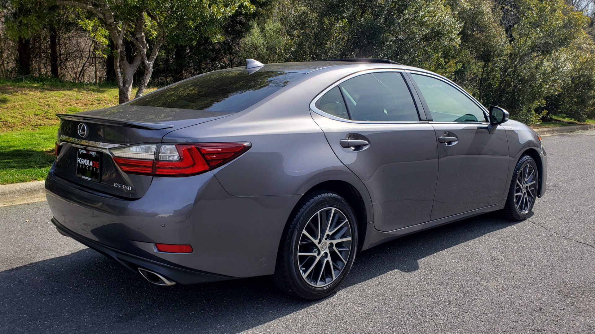 Used 2016 Lexus ES 350 4-DR PREMIUM / SUNROOF / BSM / REARVIEW / VENT STS for sale Sold at Formula Imports in Charlotte NC 28227 6