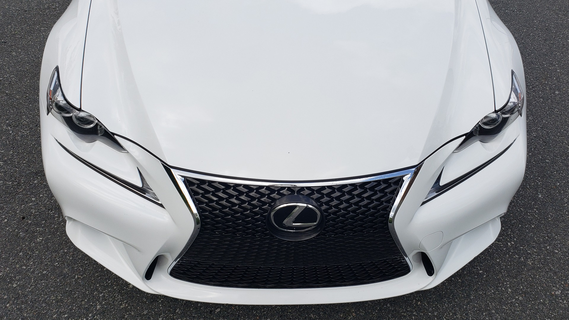 Used 2016 Lexus IS 350 F-SPORT / NAV / BSM / SUNROOF / REARVIEW / VENT SEATS for sale Sold at Formula Imports in Charlotte NC 28227 20