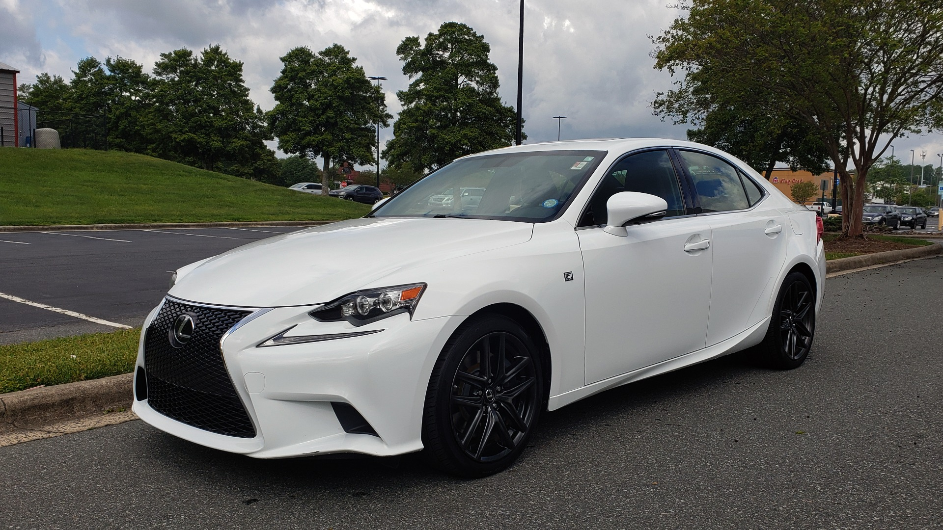 Used 2016 Lexus IS 350 F-SPORT / NAV / BSM / SUNROOF / REARVIEW / VENT SEATS for sale Sold at Formula Imports in Charlotte NC 28227 1