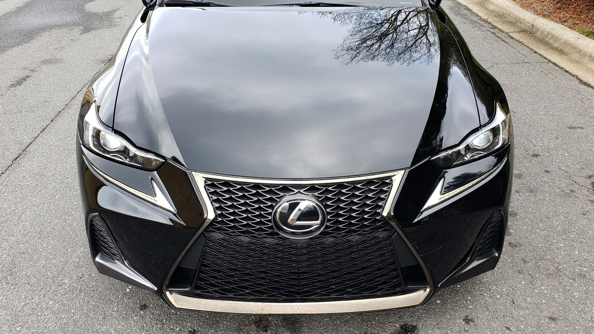 Used 2017 Lexus IS 200T F-SPORT / SUNROOF / REARVIEW / VENT SEATS for sale Sold at Formula Imports in Charlotte NC 28227 16