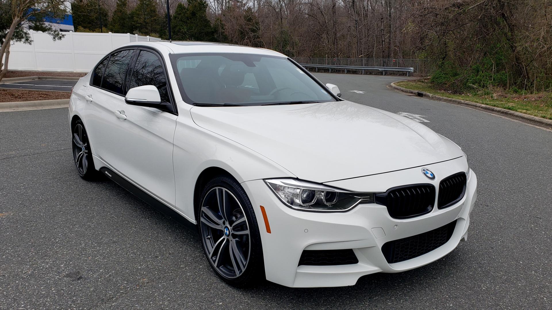 Used 2015 BMW 3 Series 335I M-SPORT / PREM PKG / HK SND / SUNROOF / REARVIEW for sale Sold at Formula Imports in Charlotte NC 28227 4