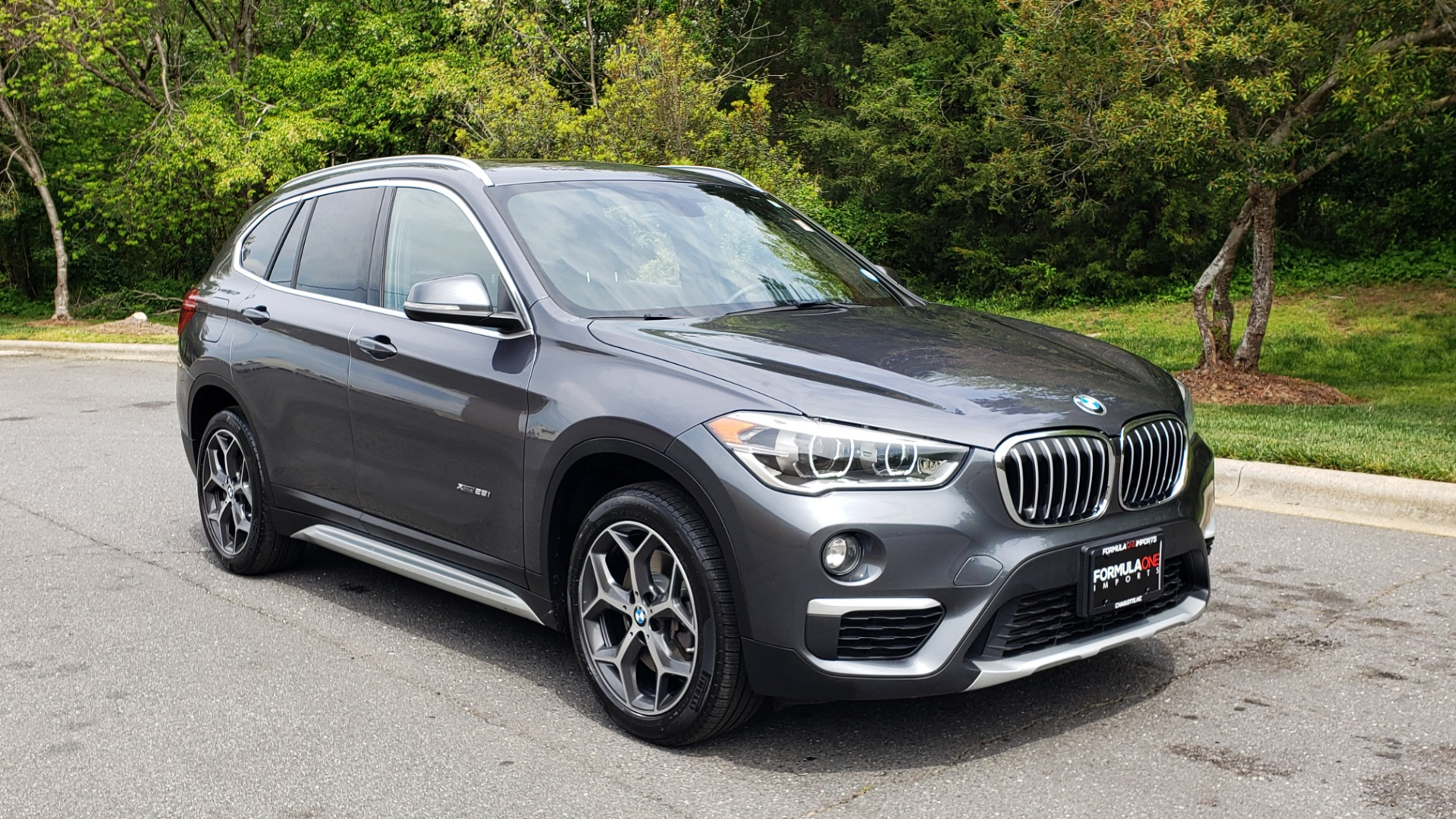 Used 2017 BMW X1 XDRIVE28I PREM PKG / COLD WTHR / PANO-ROOF / PWR STS for sale Sold at Formula Imports in Charlotte NC 28227 4