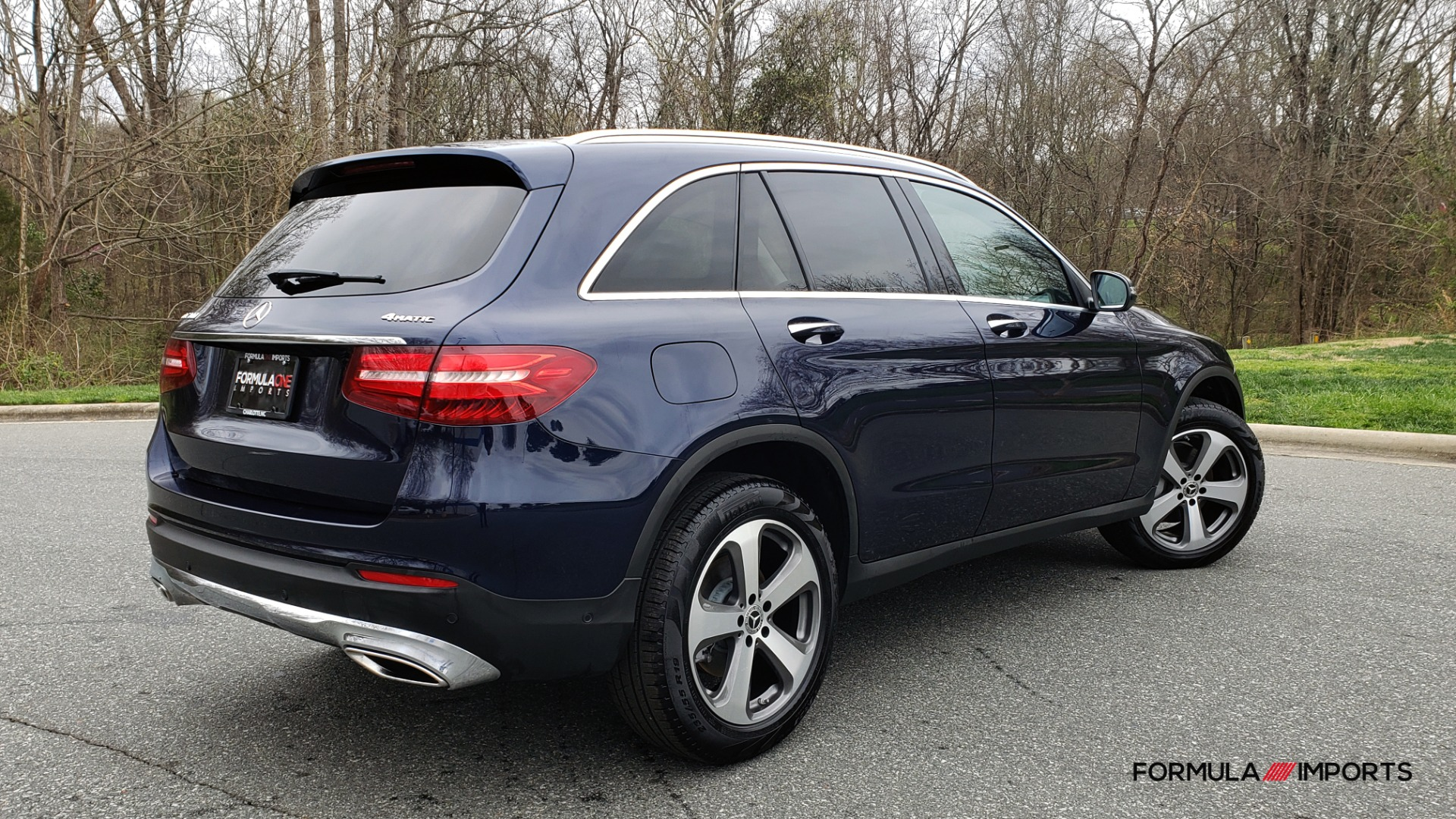 Used 2019 Mercedes-Benz GLC 300 PREMIUM / PRK ASST / NAV / PANO-ROOF / REARVIEW / HTD STS for sale Sold at Formula Imports in Charlotte NC 28227 6