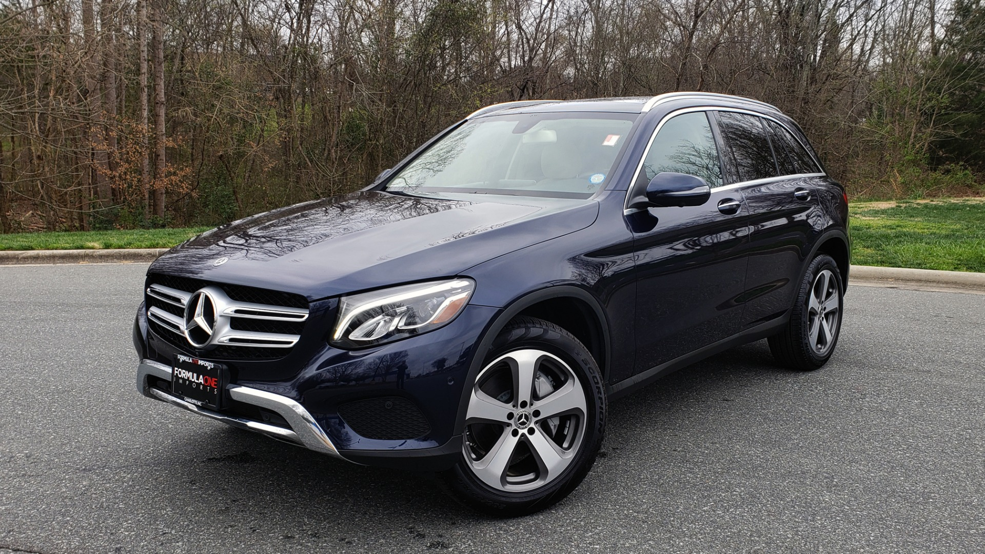 Used 2019 Mercedes-Benz GLC 300 PREMIUM / PRK ASST / NAV / PANO-ROOF / REARVIEW / HTD STS for sale Sold at Formula Imports in Charlotte NC 28227 1