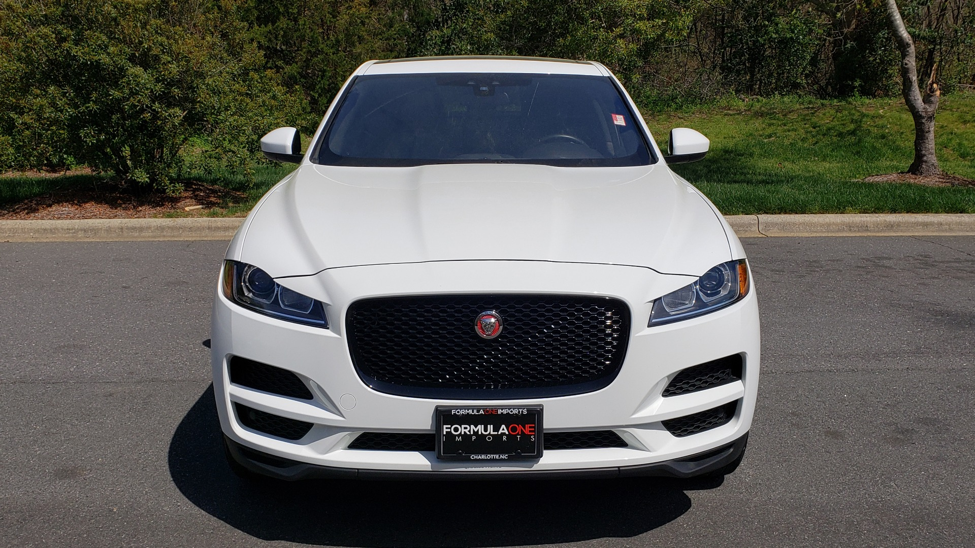 Used 2017 Jaguar F-PACE 35T PREMIUM / NAV / PANO-ROOF/ REARVIEW / BLK PKG for sale Sold at Formula Imports in Charlotte NC 28227 20