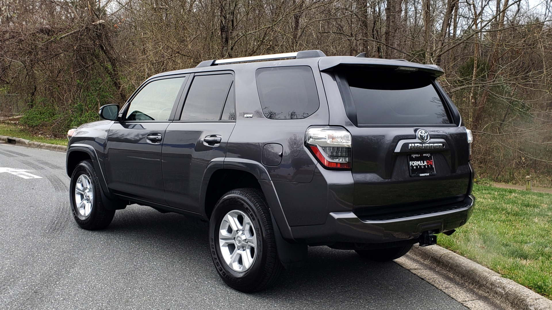 Used 2019 Toyota 4RUNNER SR5 PREMIUM 4WD / NAV / HTD STS / SUNROOF / REARVIEW for sale Sold at Formula Imports in Charlotte NC 28227 3
