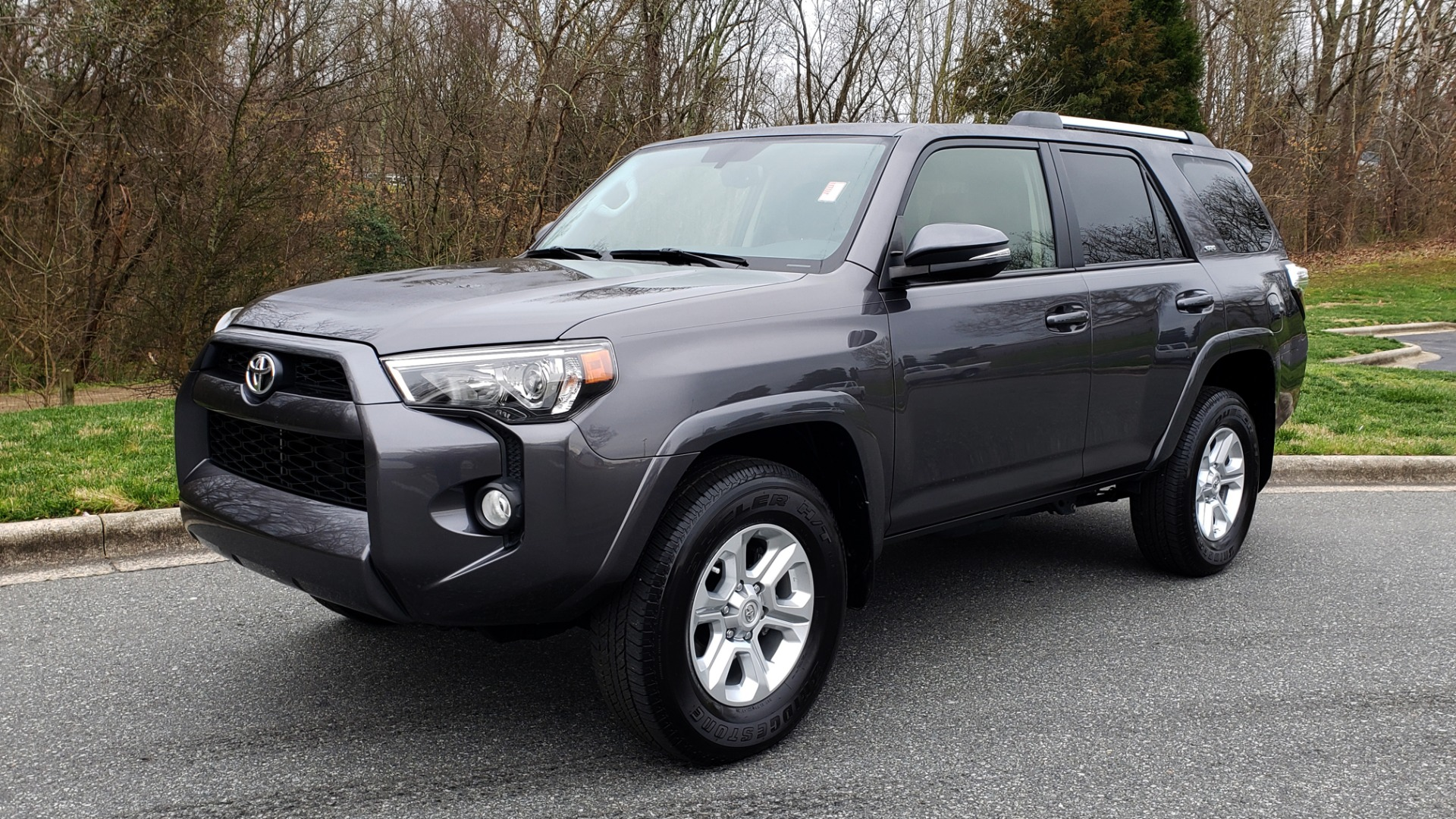 Used 2019 Toyota 4RUNNER SR5 PREMIUM 4WD / NAV / HTD STS / SUNROOF / REARVIEW for sale Sold at Formula Imports in Charlotte NC 28227 1