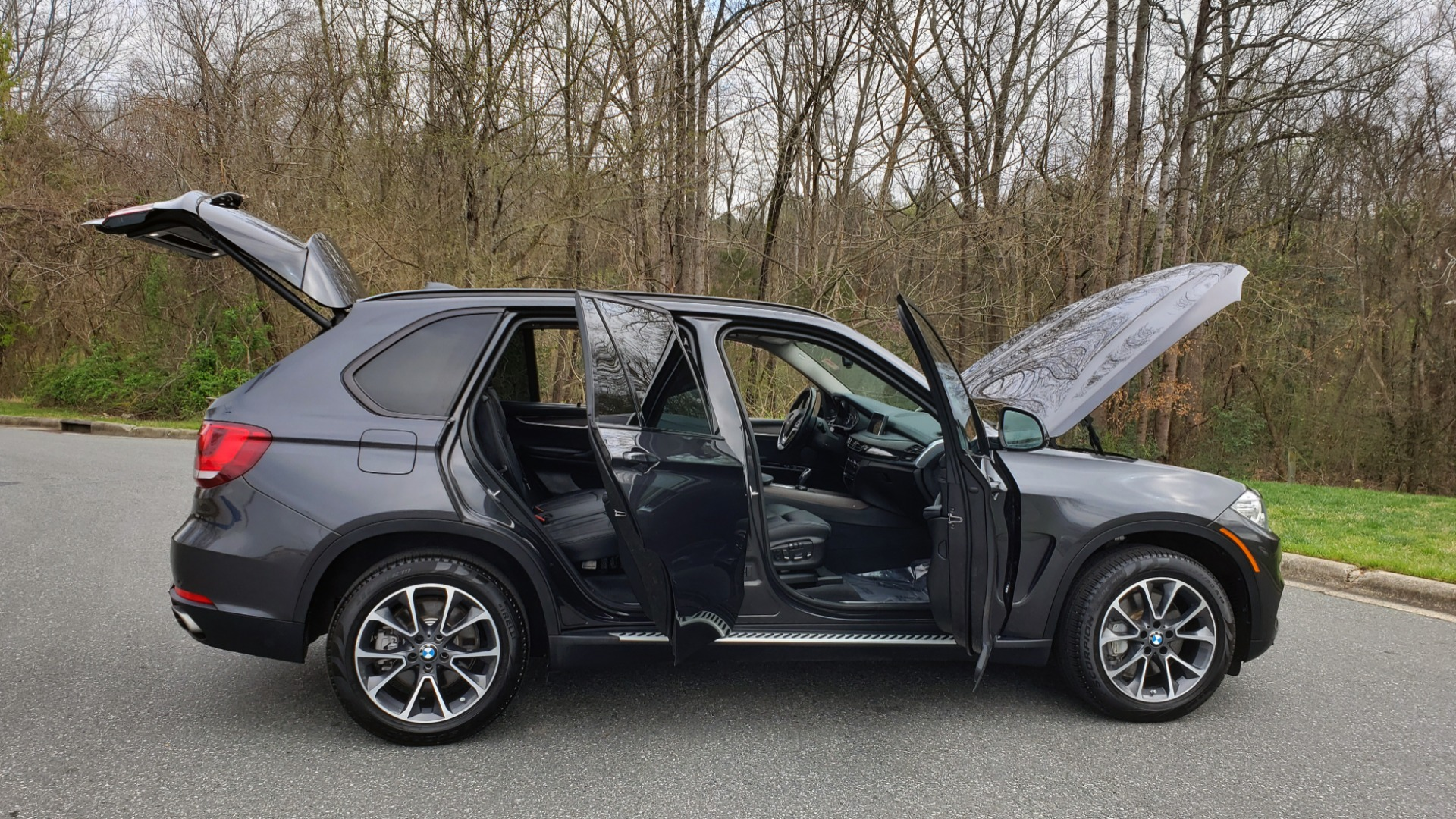 Used 2016 BMW X5 XDRIVE50I / EXEC PKG / DYN HANDLING / CLD WTHR / X-LINE for sale Sold at Formula Imports in Charlotte NC 28227 10
