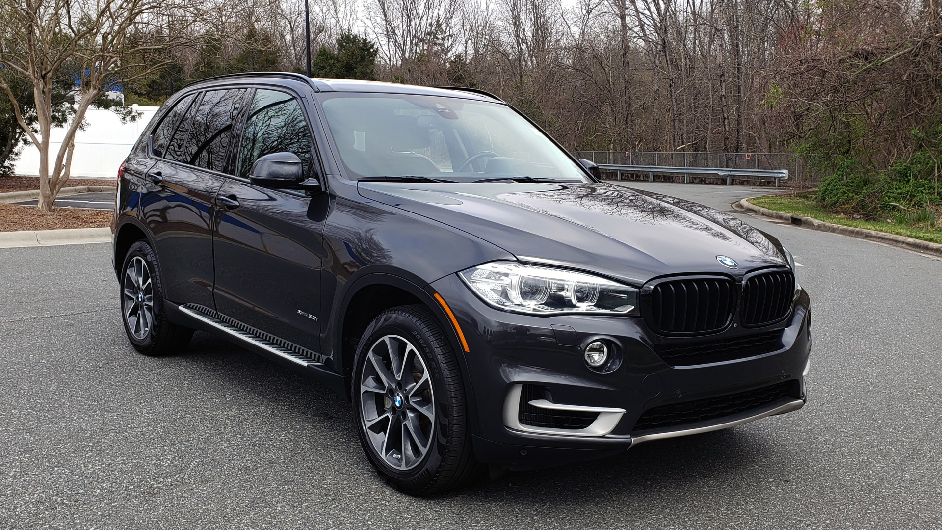 Used 2016 BMW X5 XDRIVE50I / EXEC PKG / DYN HANDLING / CLD WTHR / X-LINE for sale Sold at Formula Imports in Charlotte NC 28227 4