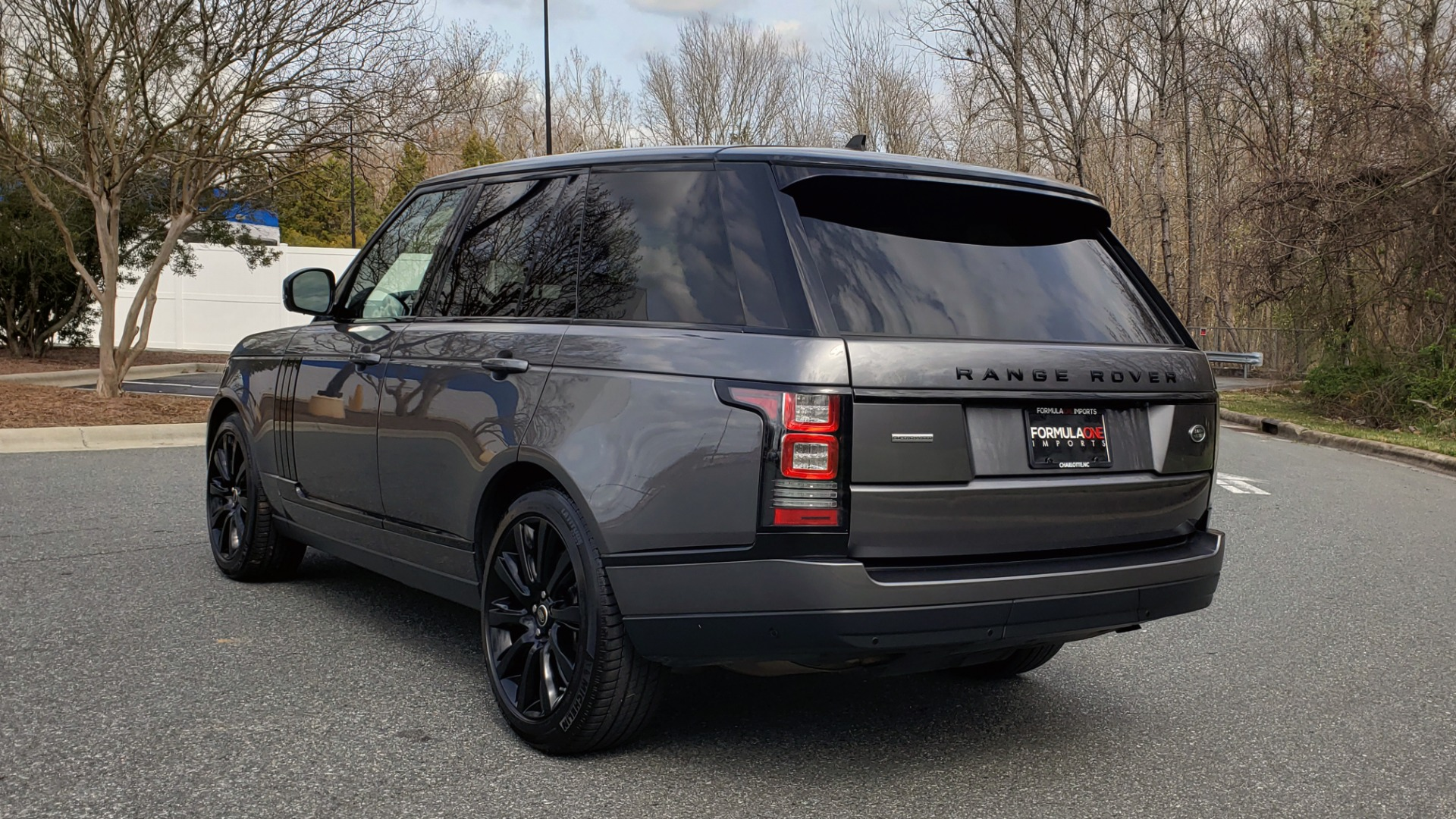 Used 2016 Land Rover RANGE ROVER SUPERCHARGED V8 / NAV / PANO-ROOF / REARVIEW for sale Sold at Formula Imports in Charlotte NC 28227 3