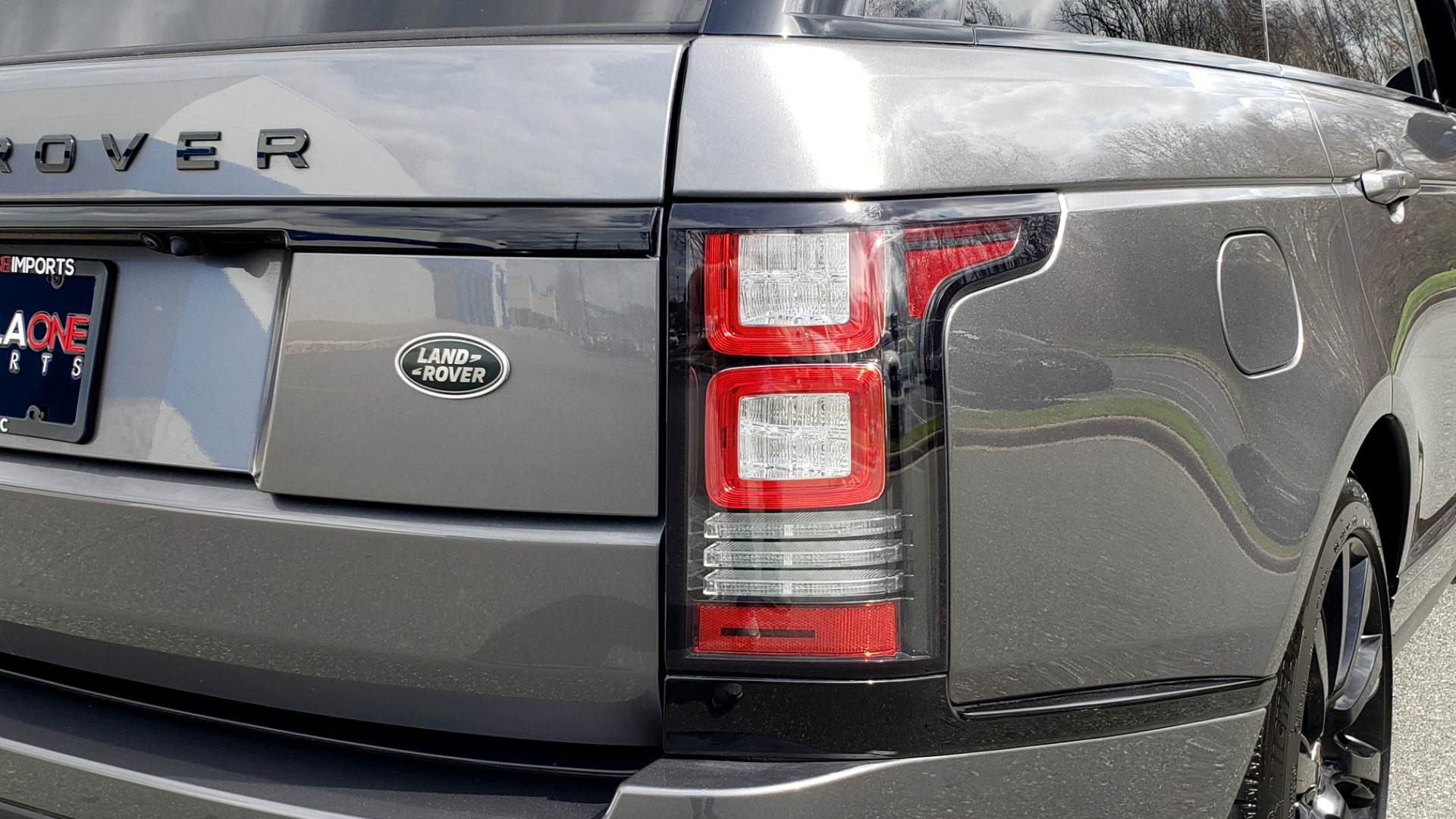 Used 2016 Land Rover RANGE ROVER SUPERCHARGED V8 / NAV / PANO-ROOF / REARVIEW for sale Sold at Formula Imports in Charlotte NC 28227 35