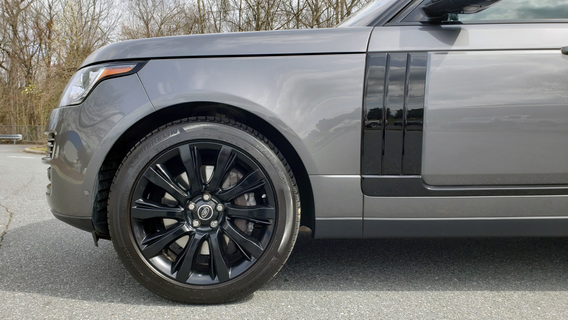 Used 2016 Land Rover RANGE ROVER SUPERCHARGED V8 / NAV / PANO-ROOF / REARVIEW for sale Sold at Formula Imports in Charlotte NC 28227 5