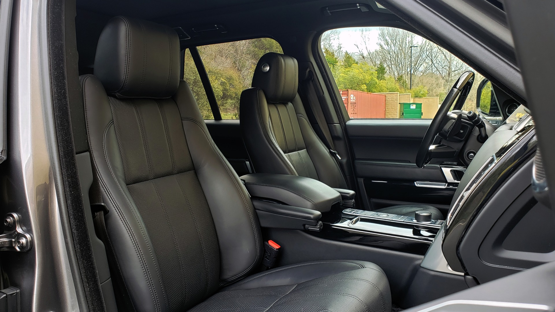 Used 2016 Land Rover RANGE ROVER SUPERCHARGED V8 / NAV / PANO-ROOF / REARVIEW for sale Sold at Formula Imports in Charlotte NC 28227 74