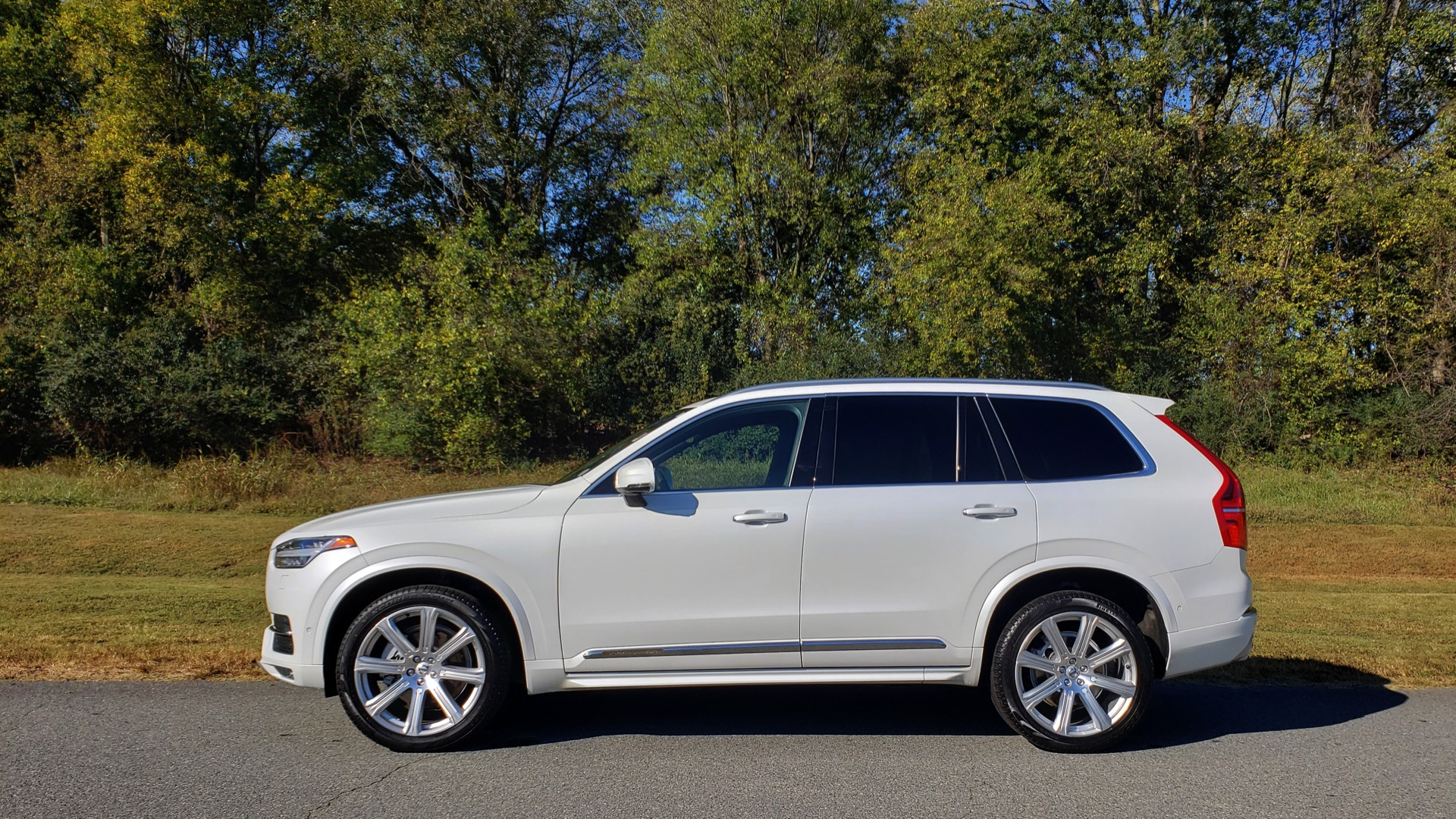 Used 2017 Volvo XC90 INSCRIPTION / AWD / NAV / SUNROOF / 3-ROW / CAMERA for sale Sold at Formula Imports in Charlotte NC 28227 2