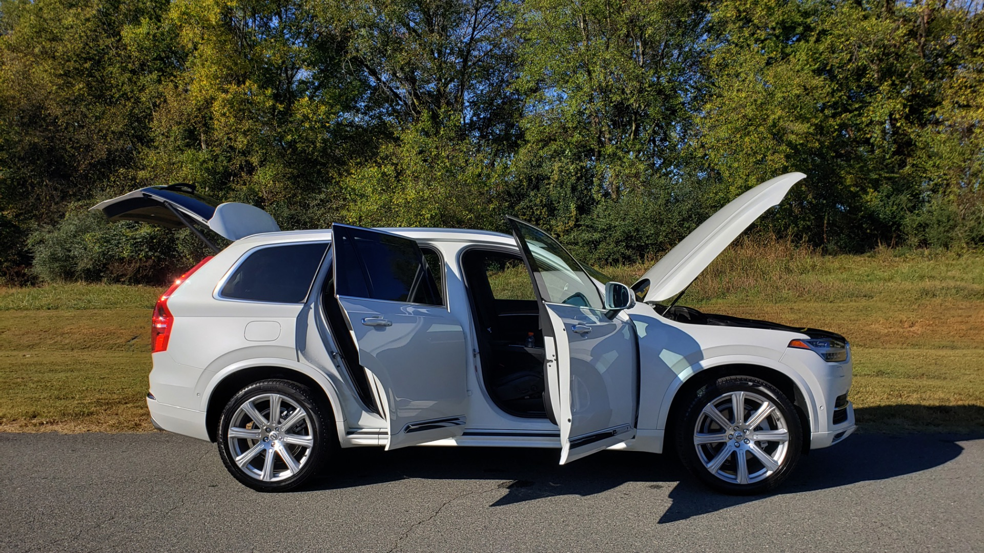 Used 2017 Volvo XC90 INSCRIPTION / AWD / NAV / SUNROOF / 3-ROW / CAMERA for sale Sold at Formula Imports in Charlotte NC 28227 20