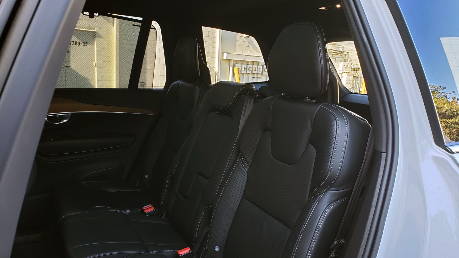 Used 2017 Volvo XC90 INSCRIPTION / AWD / NAV / SUNROOF / 3-ROW / CAMERA for sale Sold at Formula Imports in Charlotte NC 28227 66