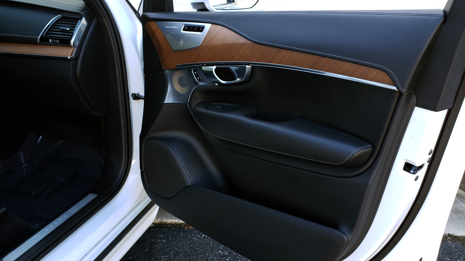 Used 2017 Volvo XC90 INSCRIPTION / AWD / NAV / SUNROOF / 3-ROW / CAMERA for sale Sold at Formula Imports in Charlotte NC 28227 68