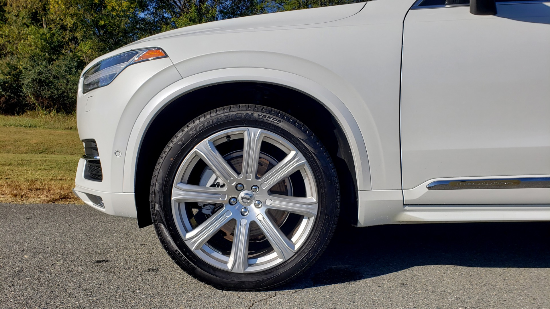 Used 2017 Volvo XC90 INSCRIPTION / AWD / NAV / SUNROOF / 3-ROW / CAMERA for sale Sold at Formula Imports in Charlotte NC 28227 7