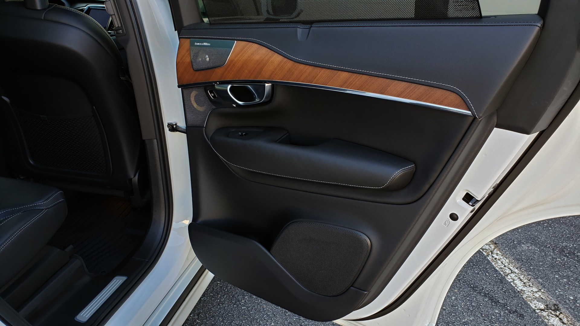 Used 2017 Volvo XC90 INSCRIPTION / AWD / NAV / SUNROOF / 3-ROW / CAMERA for sale Sold at Formula Imports in Charlotte NC 28227 77