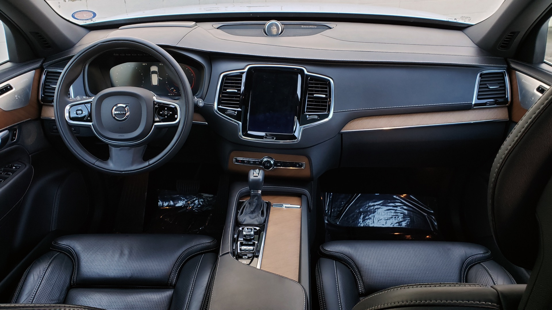 Used 2017 Volvo XC90 INSCRIPTION / AWD / NAV / SUNROOF / 3-ROW / CAMERA for sale Sold at Formula Imports in Charlotte NC 28227 86