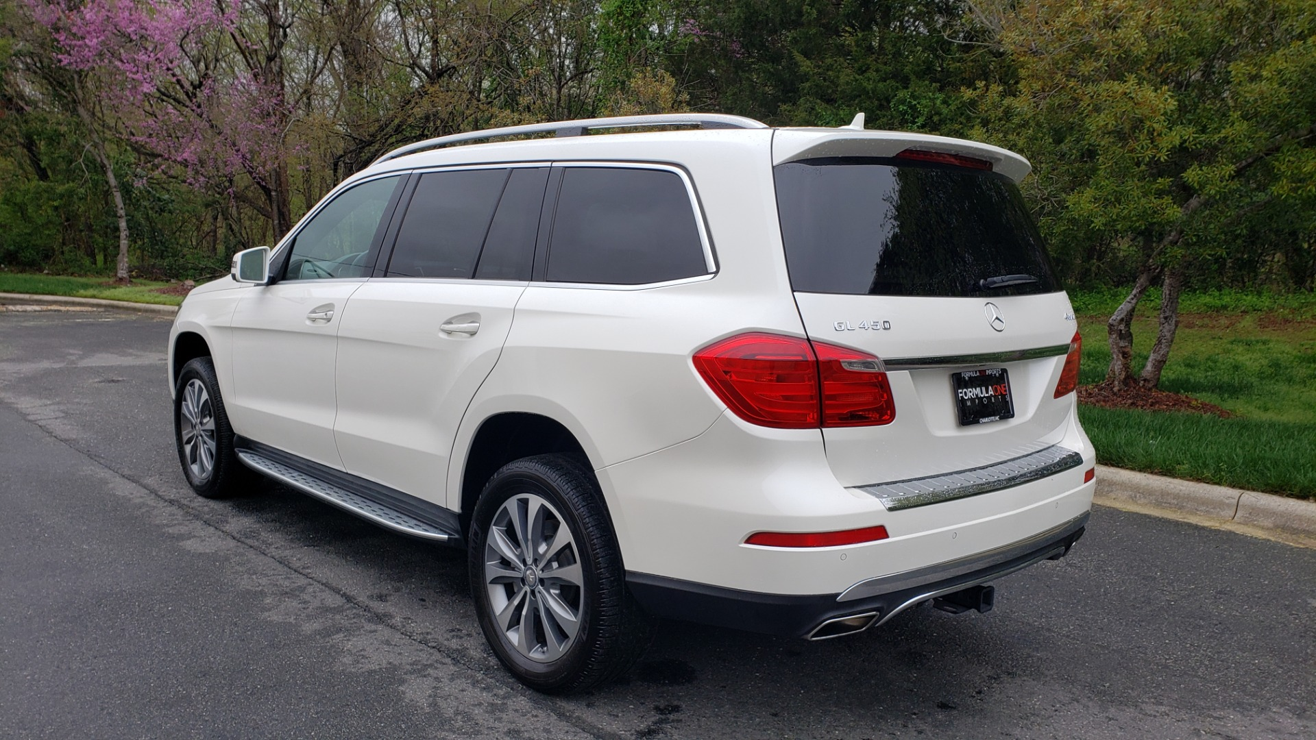 Used 2015 Mercedes-Benz GL-Class GL 450 4MATIC PREMIUM / NAV / PANO-ROOF / LANE TRACK / PARK ASST for sale Sold at Formula Imports in Charlotte NC 28227 3