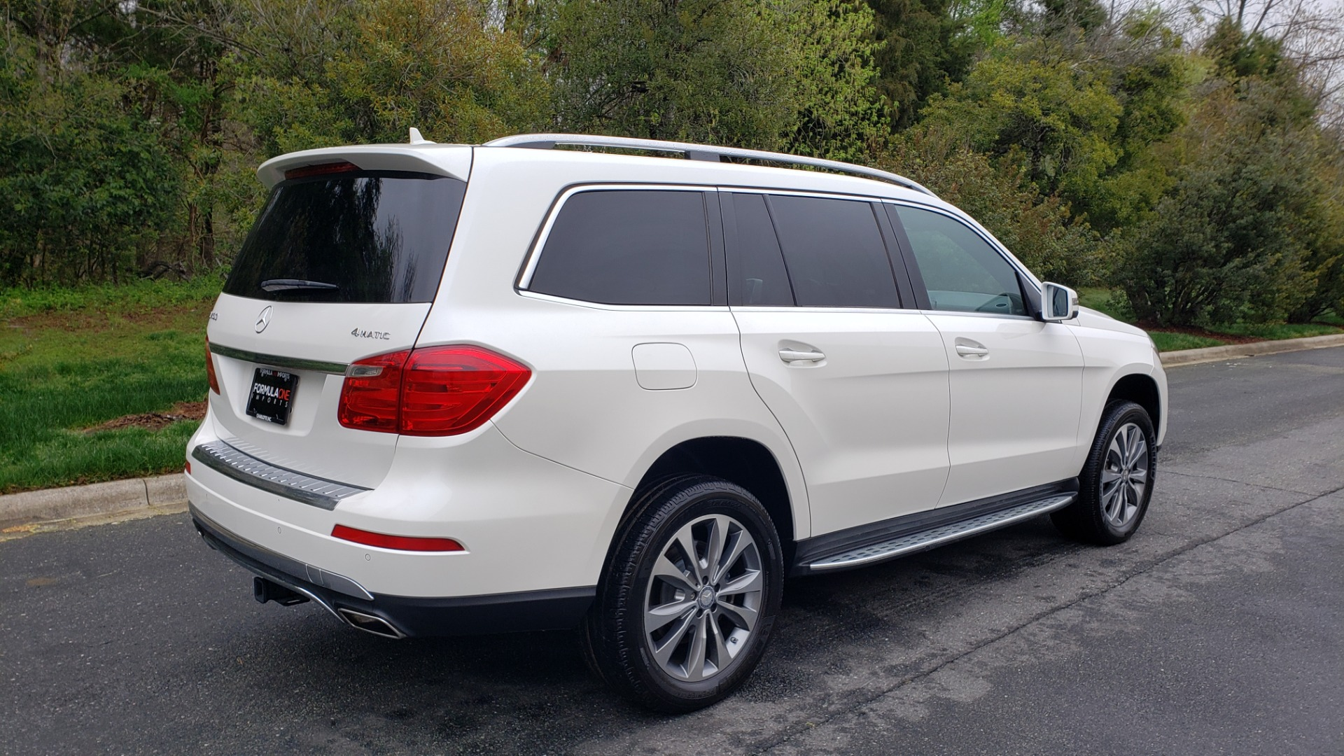 Used 2015 Mercedes-Benz GL-Class GL 450 4MATIC PREMIUM / NAV / PANO-ROOF / LANE TRACK / PARK ASST for sale Sold at Formula Imports in Charlotte NC 28227 6